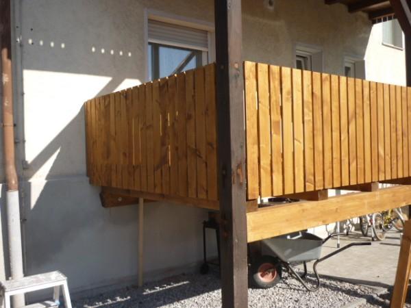 holzgel nder und balkone z b aus kammergetrockneter. Black Bedroom Furniture Sets. Home Design Ideas